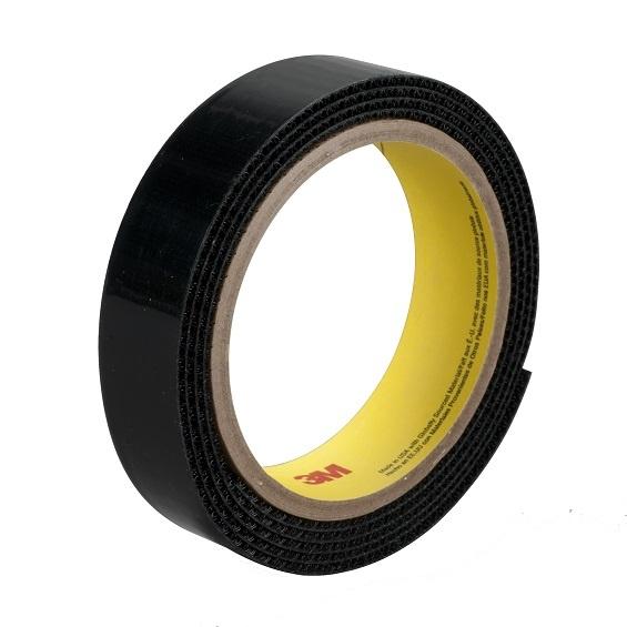 Czarny rzep przemysłowy 3M SJ-3526N haczyk, szerokość 25 mm, połączenia rozłączne (rolka 45,7 m)